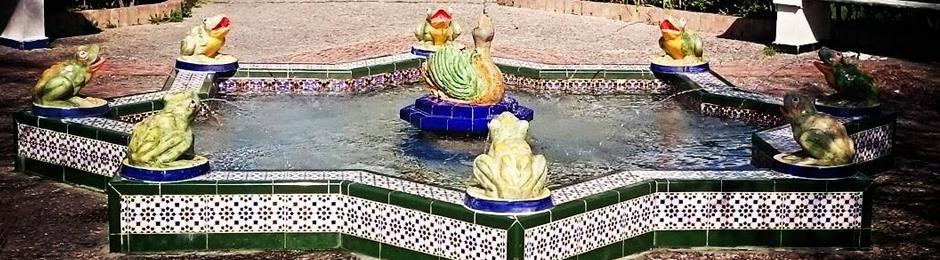 Fuente con ranitas en Tarifa