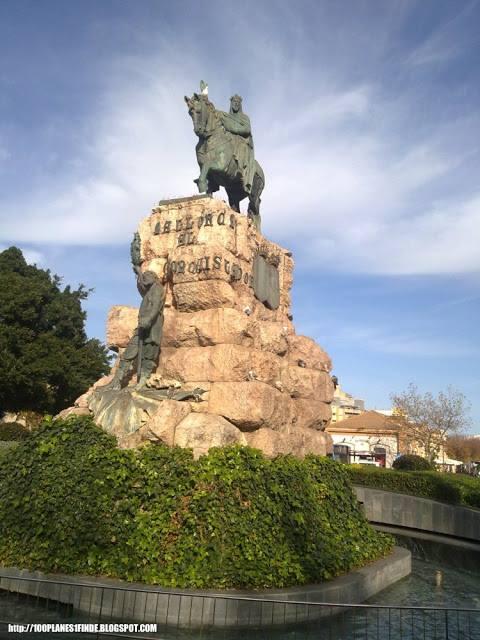 Estatua de Jaume I en Palma de Mallorca