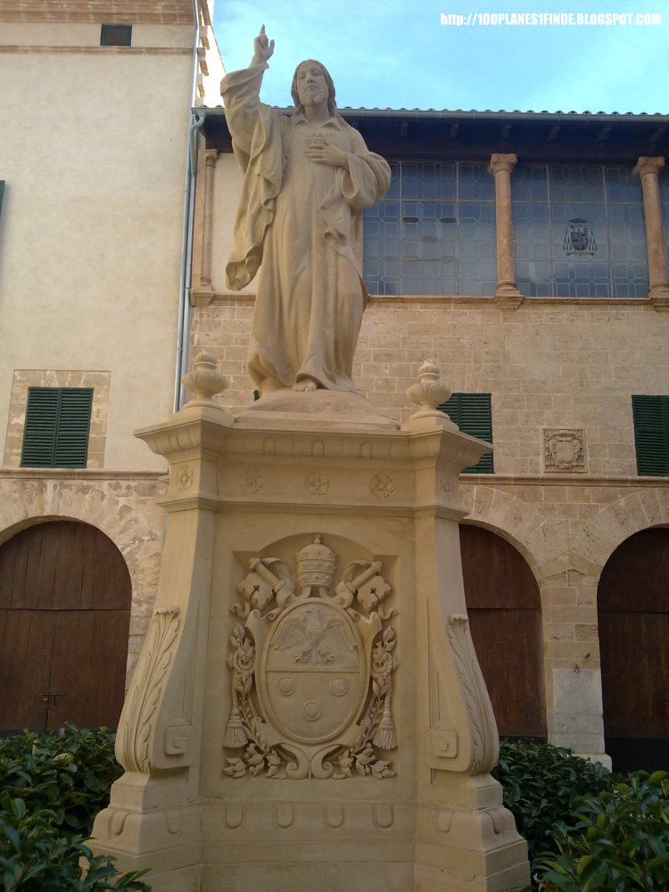 Patio Palacio Episcopal Palma de Mallorca