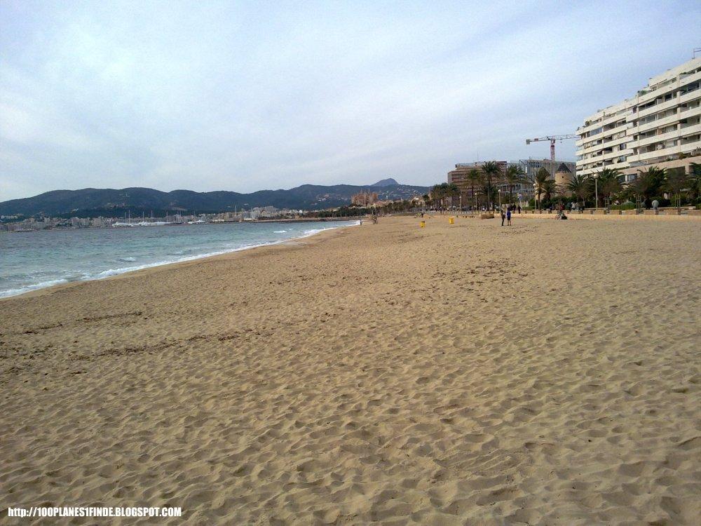 Playa junto a Portixol