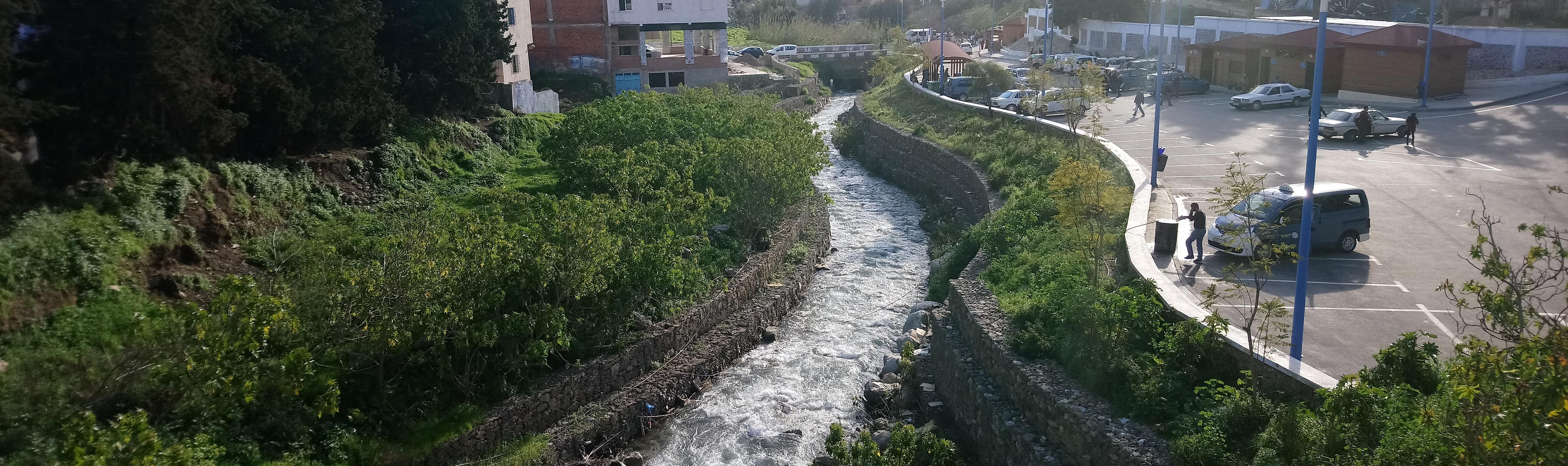 Puente sobre el río de Chaouen
