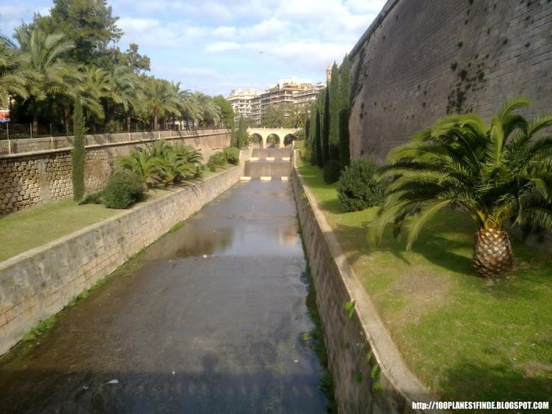 Canal Torrent de Sa Riera en Palma de Mallorca