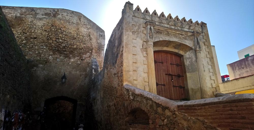 Puerta de Tierra en la medina de Arcila