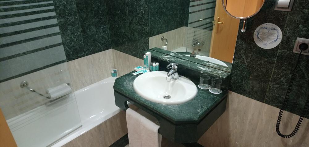 Baño del Hotel Ilunion