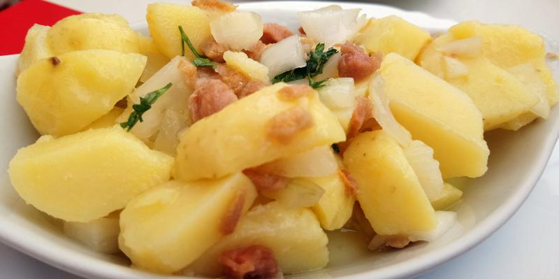 Patatas aliñadas con albacora