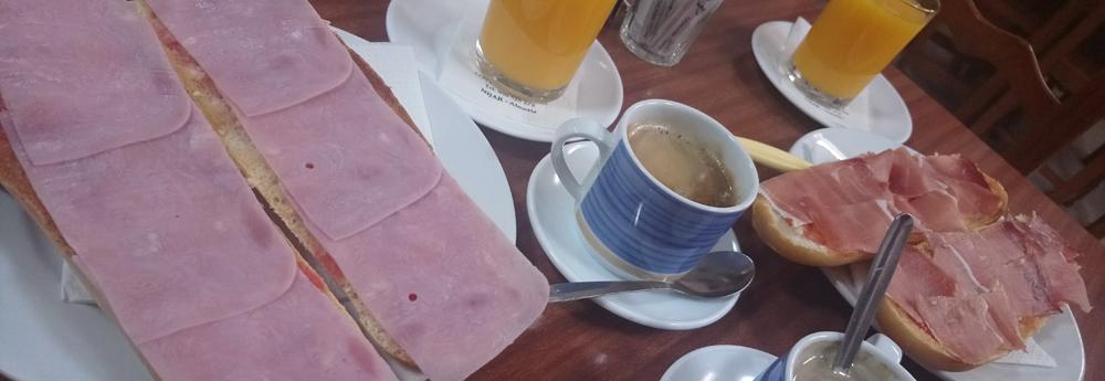 Desayunar en Cabo de Gata