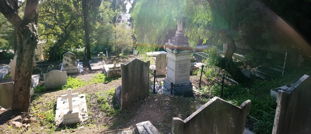 Tumbas del cementerio protestante de Málaga.