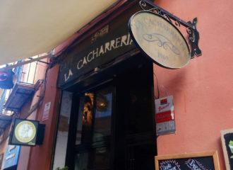 Café y copas en Sevilla: La Cacharreria