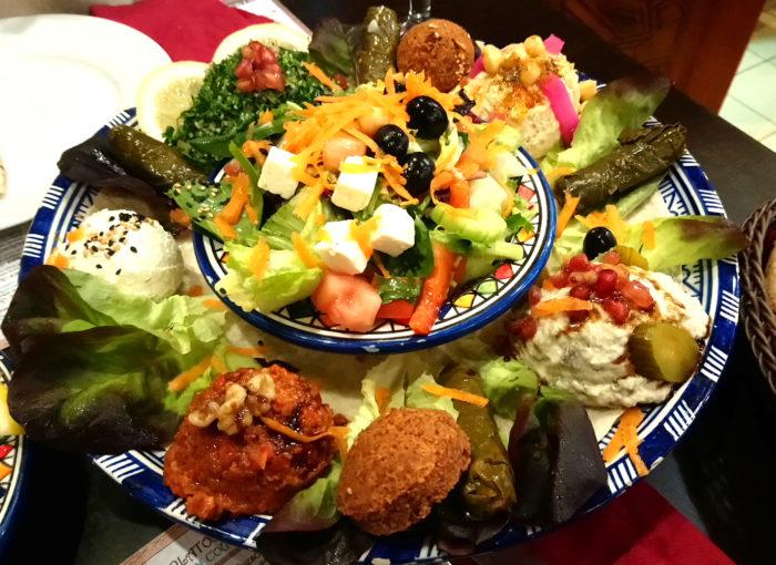 Comer comida árabe en Sevilla