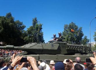 Desfile del Día de las Fuerzas Armadas en Sevilla 2019