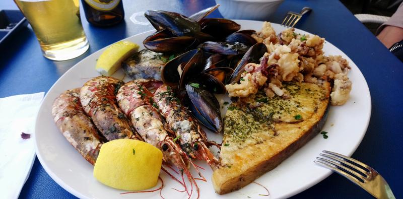 Fritura de pescado en Marsaxlokk