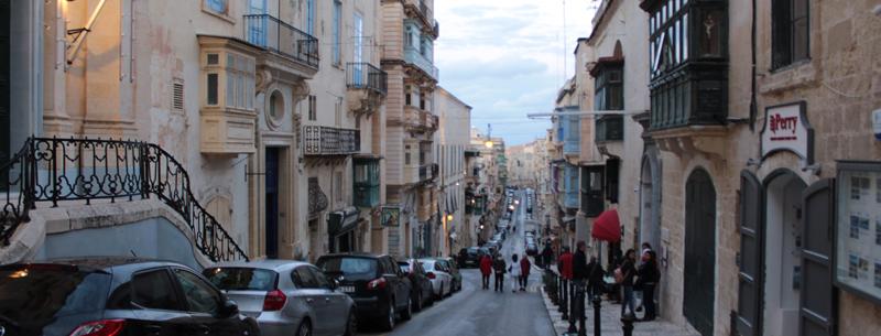Turistas por las calles de La Valeta