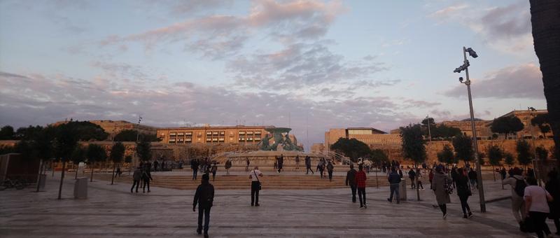 Rotonda de la Fuente del Tritón en Malta