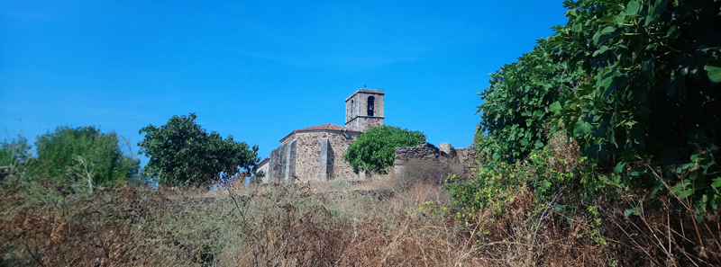 Iglesia abandonada en Granadilla