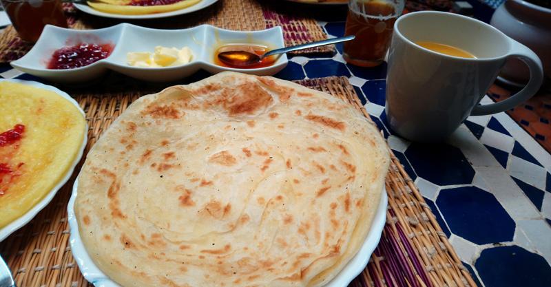 Desayunar cosas típicas en Rabat