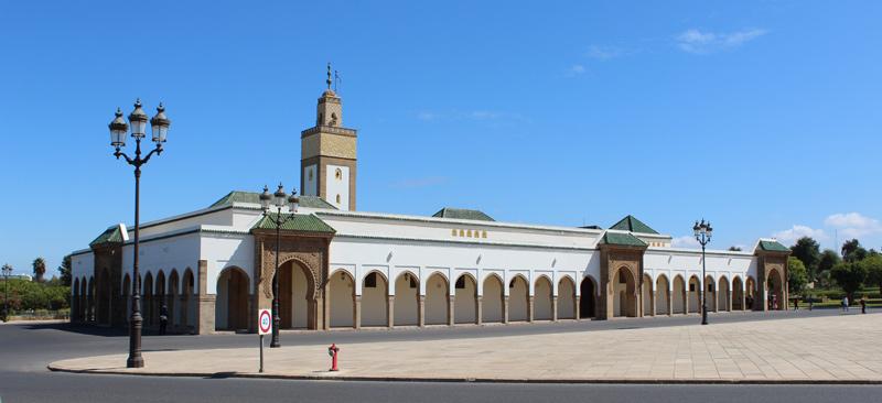 Mezquita cerca del Palacio Real de Rabat