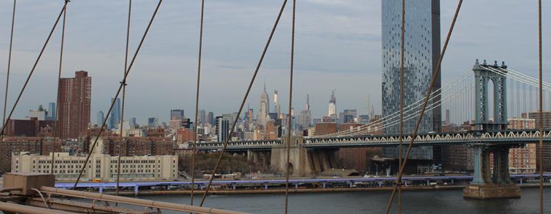 Vista del Puente de Manhattan en Nueva York