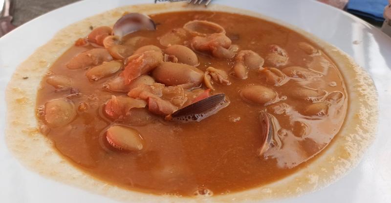 Plato de potaje en Andalucía