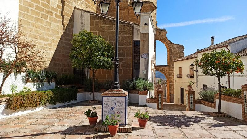 Plaza de Rafael Alberti en Iznájar