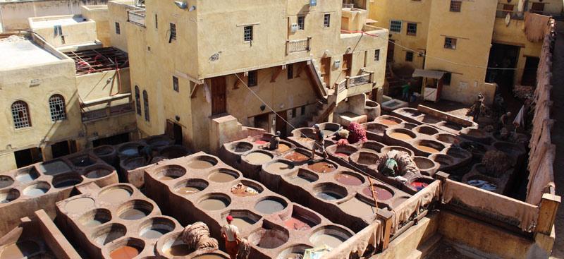 Visitar las curtidurías de Fez en Marruecos