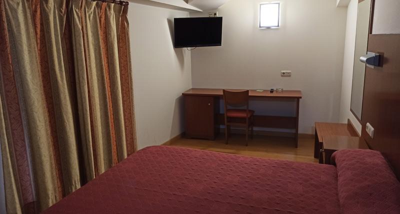 Hotel Agorreta en Salinas de Pamplona