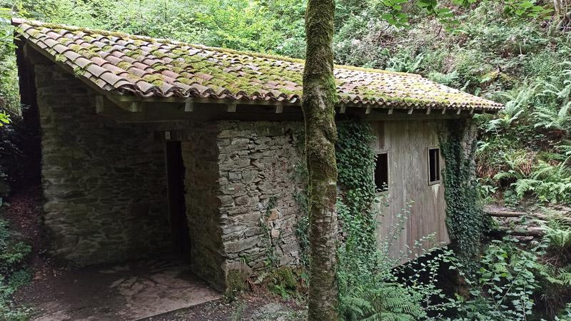 Camino del Molino del Infierno en Navarra