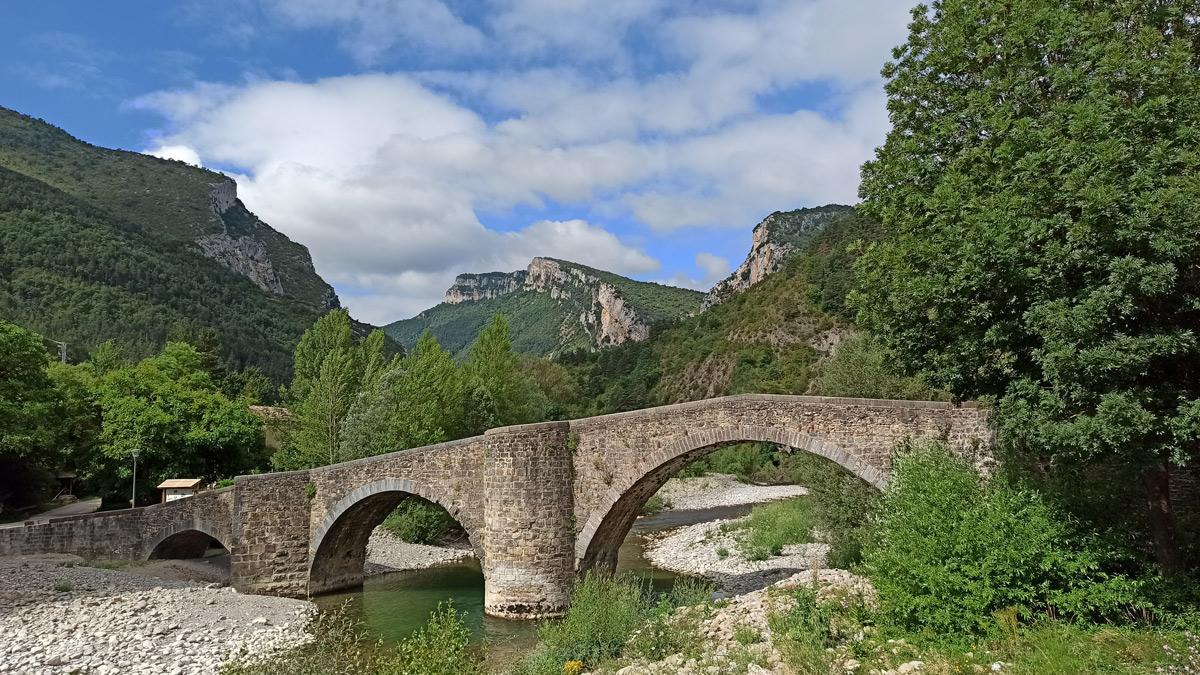 Puente medieval de Burgui