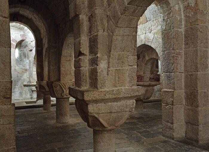 Visitar Monasterio de Leyre en Navarra