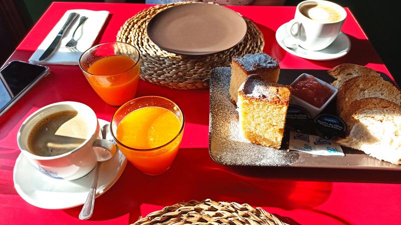 Desayunar en Sos del Rey Católico